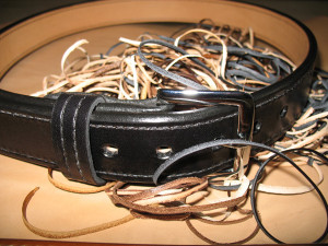 Good quality, handmade, custom gun belt. The finished product.